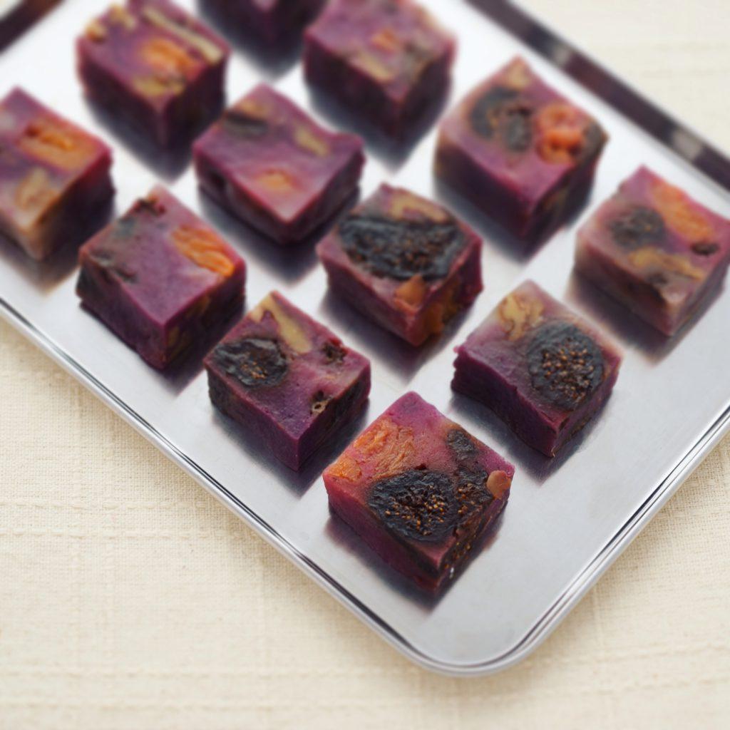 紫芋の蒸羊羹