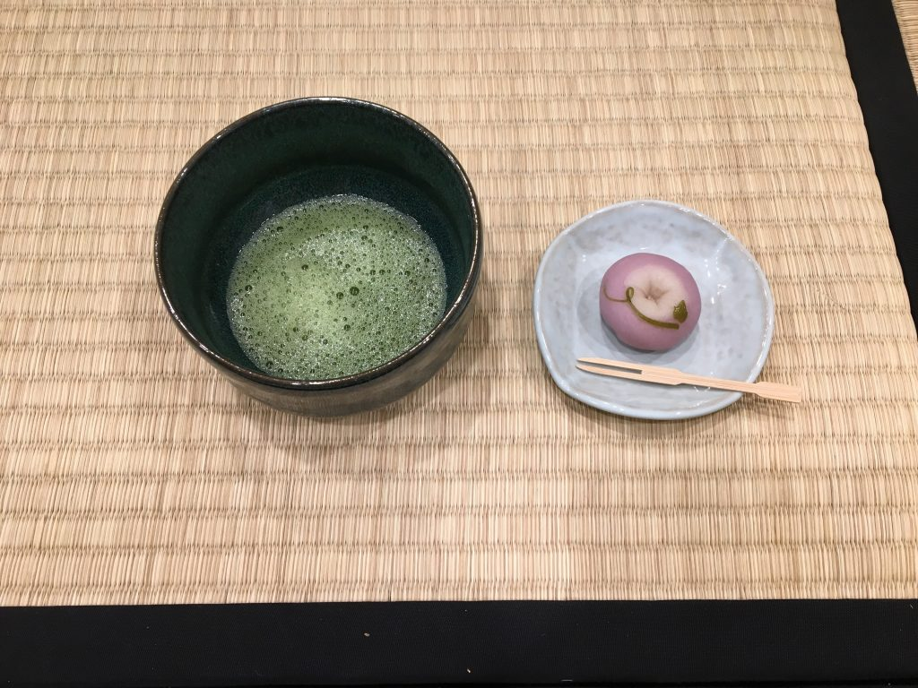 お茶会 Tea ceremony